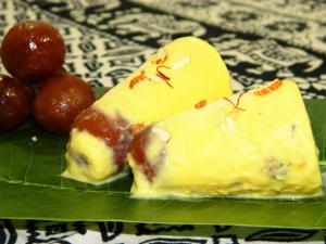 How To Make - Gulabjamun Kulfi recipe on Food Connection