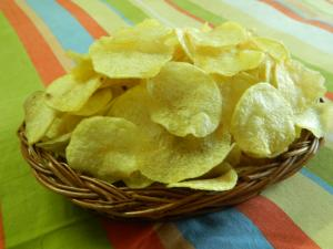 Home Made Instant Crispy Potato Wafer~Potato Wafer~Potato Chips~??? ????? recipe on Food Connection
